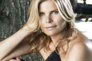 Healthy Living From the Inside Out, with Guest Mariel Hemingway on Life Changes With Filippo #49 S2:E10 (2010)