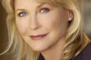 From ET: The Extraterrestrial to the Bright Light, with Guest Dee Wallace on Life Changes With Filippo - Radio Show #117 S3:E26 (2011)