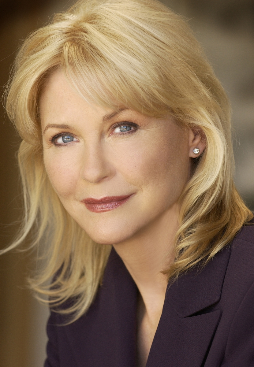 Dee Wallace on Life Changes With Filippo - Radio Show #117