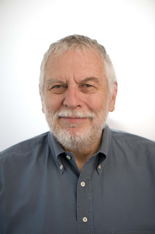Changing The Game with Guest Nolan Bushnell and Musical Guest Sunny War on LIFE CHANGES - Radio Show #386