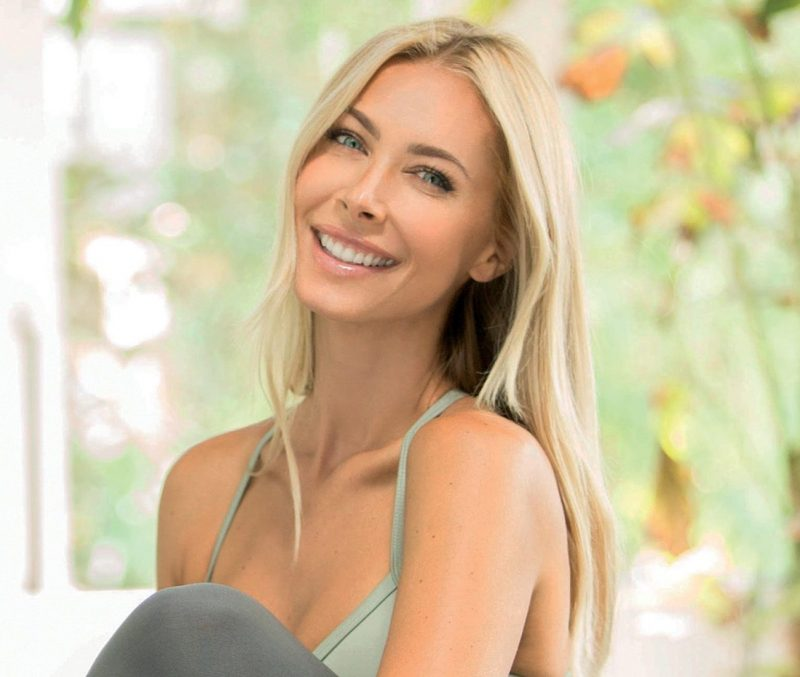 Golden Secrets to Optimal Health with Guest Jesse Golden, HHP; and Musical Guest Daniella Smith on LIFE CHANGES - Show #465