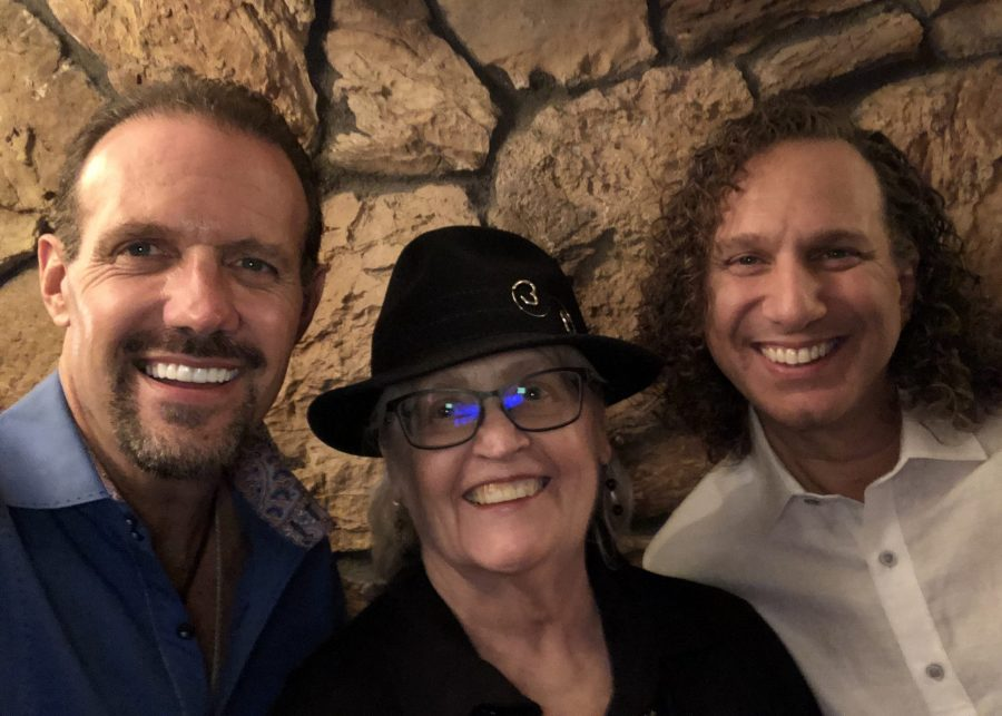 Affirming Your New Year, with Guests, The LIFE CHANGES Team; Filippo, Mark, and Dorothy, and Musical Guest, Molly Pasutti on The LIFE CHANGES Show #562